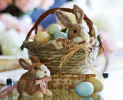http://www.krisztinaclifton.com/2015/03/five-fun-ways-to-decorate-your-easter.html
