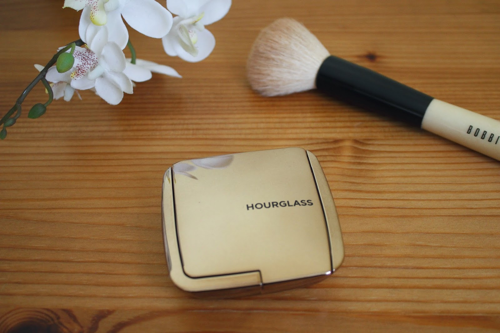 Hourglass Ambient Lighting Blush Review