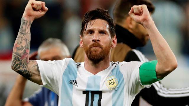 """مارادونا يعلق على عودة """"ميسي"""" للتانجو الأرجنتيني"""