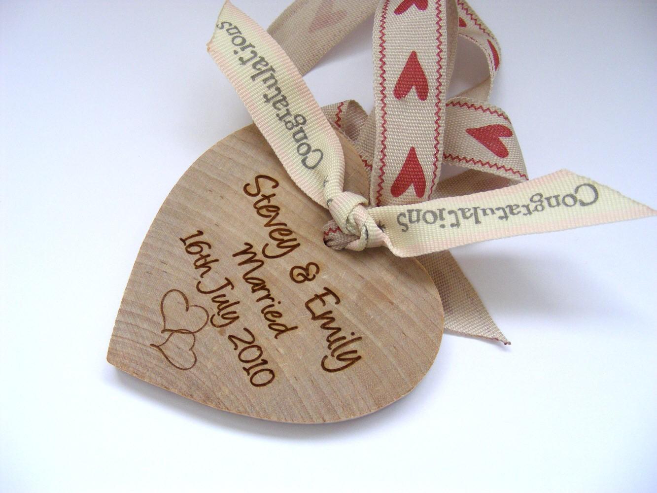 Wedding Gift Picture: Wedding Dresses: Wedding Gift Message
