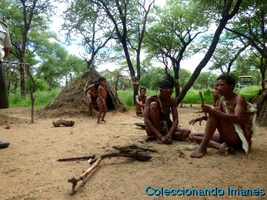 Visita tribu San en Erindi Namibia