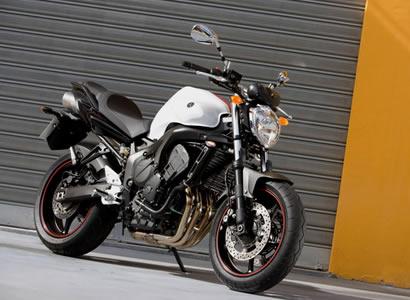 world automotive center yamaha fz6 sporting middleweight sport bike. Black Bedroom Furniture Sets. Home Design Ideas