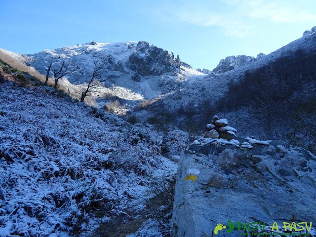 Ruta Gumial: Señalización entre la nieve