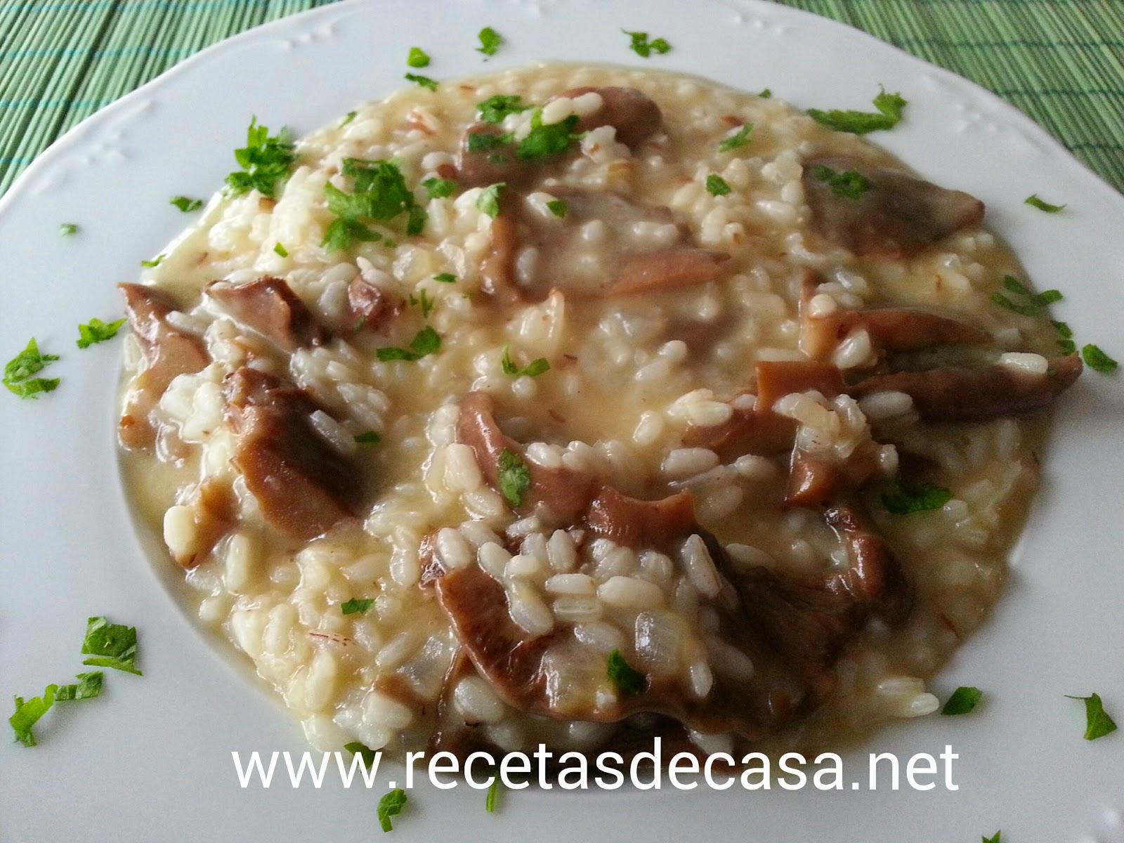 http://lacocinadepedroyyolanda.blogspot.com.es/2015/08/risoto-basico-con-setas-cocina-facil.html