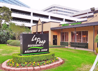 Le Peep 4702 Westheimer Rd, Houston, TX 77027