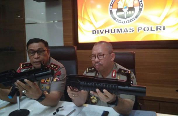 11 Perbedaan TNI dan Polri Terkait Senjata SAGL Impor
