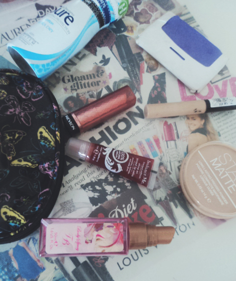 What's In My School Beauty Bag