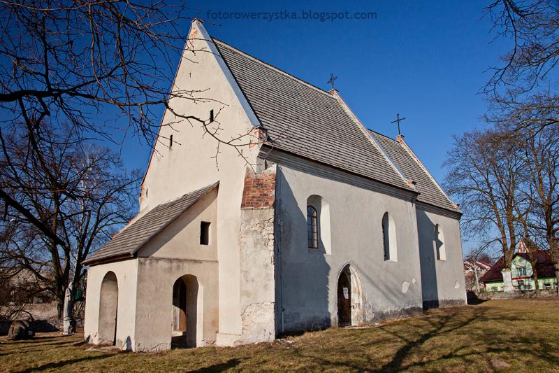 Szydłów, kościół wszystkich świętych, świętokrzyskie
