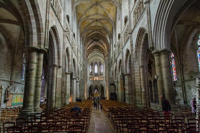 Catedral Treguier Bretaña viaje turismo que ver monumentos