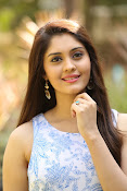 Surabhi latest cute looking photos-thumbnail-19