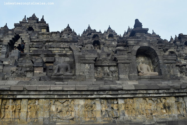 THE BREAK OF DAWN AT INDONESIA'S ICON OF CULTURAL HERITAGE