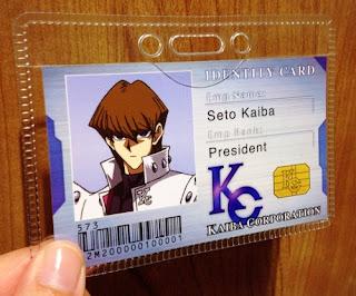 Carnet de identificación dentro de la empresa KC que identifica a Seto como presidente de la Corporación