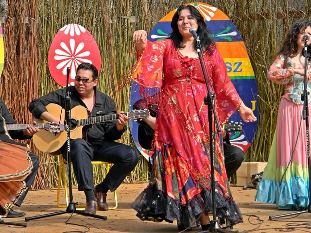 śpiew, gitara, Romowie, taniec