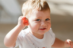 A decrease in the ability of the hearing and Handling