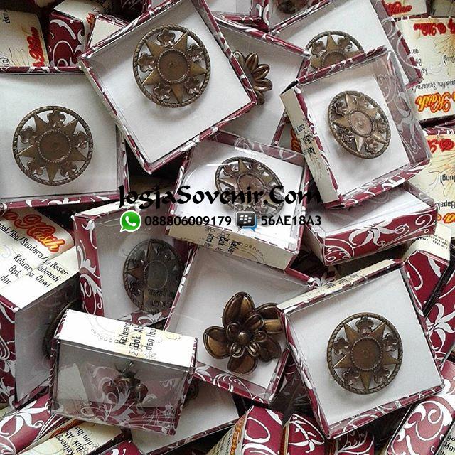 Jual Souvenir Bross Coklat