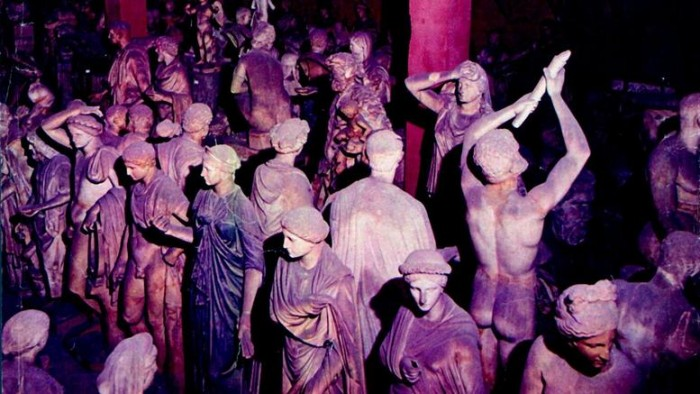 How many statues can fit in a palace? Here is the secret treasure of the ancient Greek sculptures that belonged to the aristocratic family Torlonia