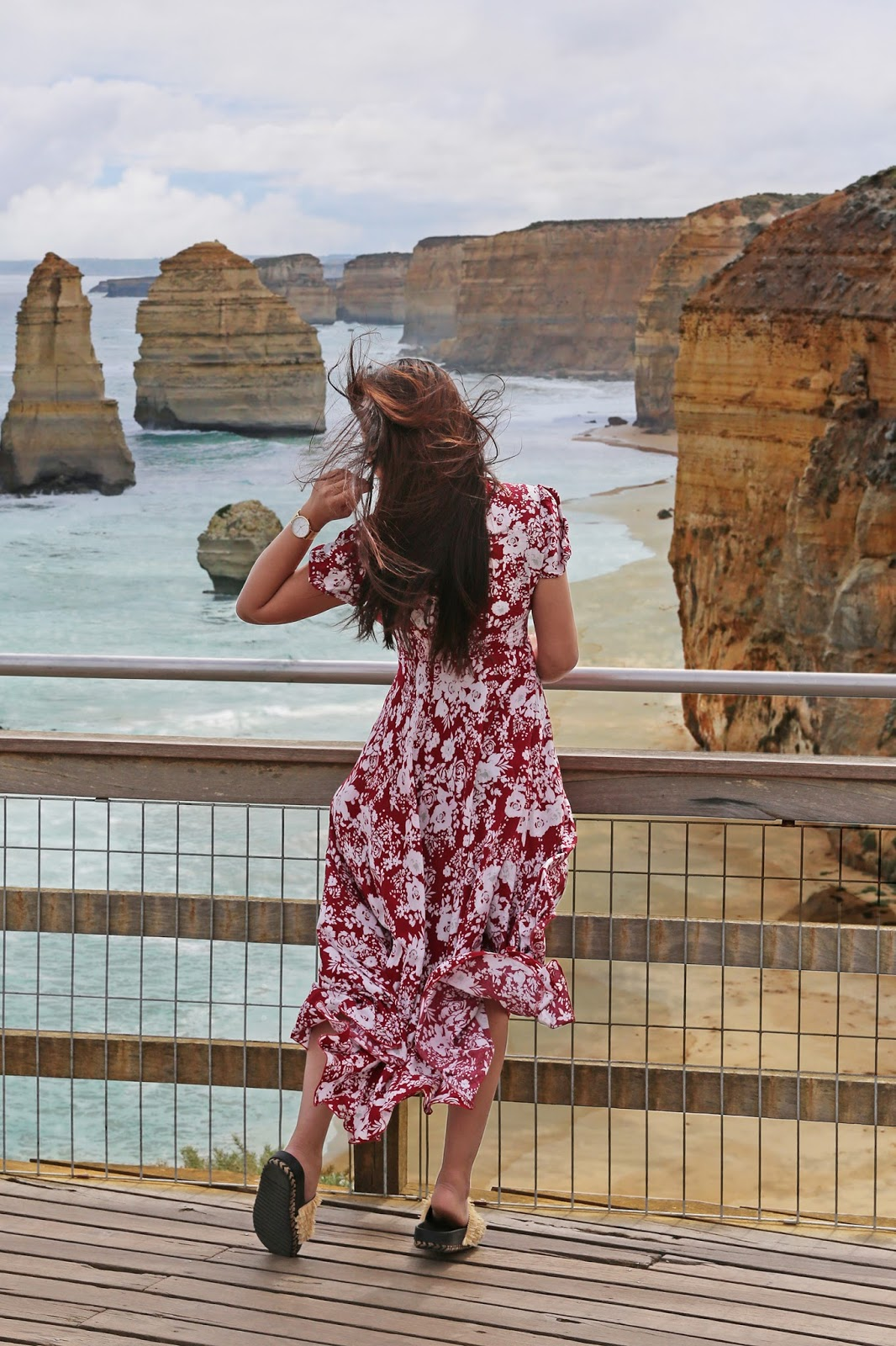 The Great Ocean Road, Australia: Beating the daytrippers at The Twelve Apostles