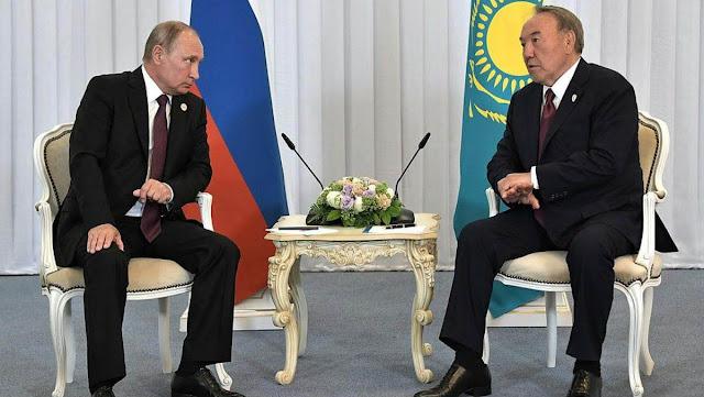 Nazarbayev y Putin dicen estar preocupados por la detención de Jachatúrov