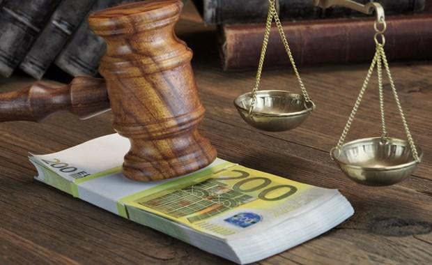 Απόφαση – κόλαφος για τα πρόστιμα της εφορίας σε ελεύθερους επαγγελματίες