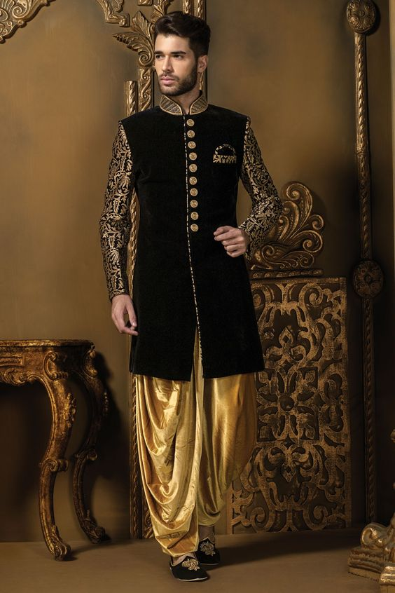 b18c4fa7af90b If there is one style of sherwani that is actually trending and most  happening this wedding season its the Indo-western style of sherwani .