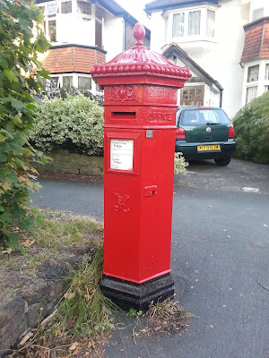 Penfold Post Box Carshalton Beeches