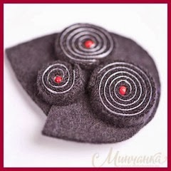 Broche original en fieltro