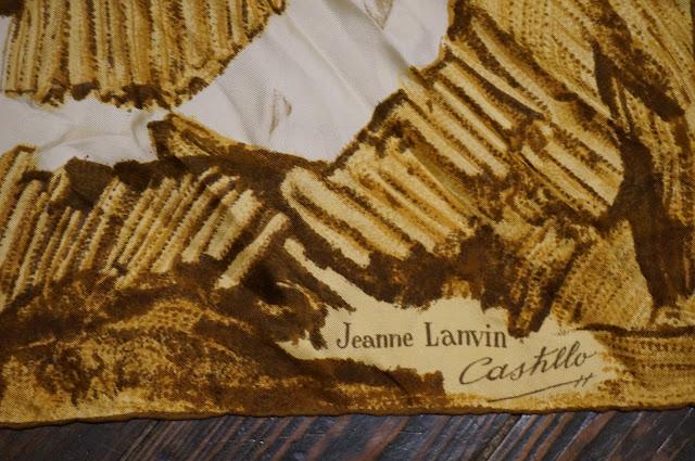 un foulard vintage d' Antonio Castillo pour Jeanne Lanvin