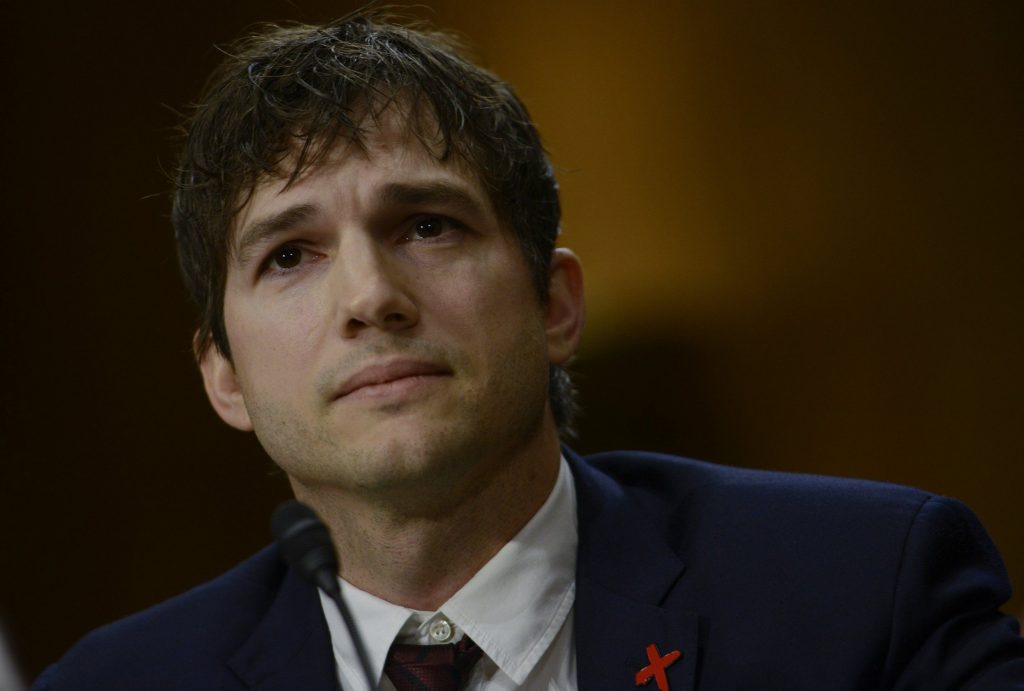 Ashton Kutcher Makes Powerful Speech On Fighting Child Abuse (Video)