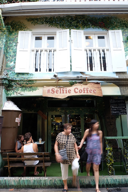 selfie coffee in haji lane singapore