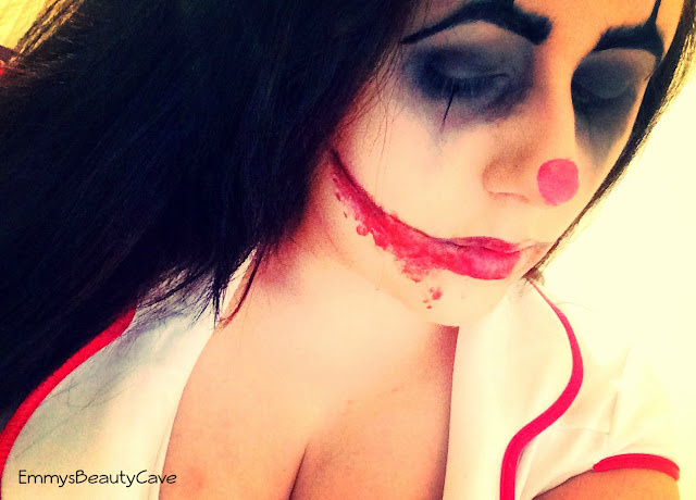 Scary Clown Halloween Makeup Tutorial