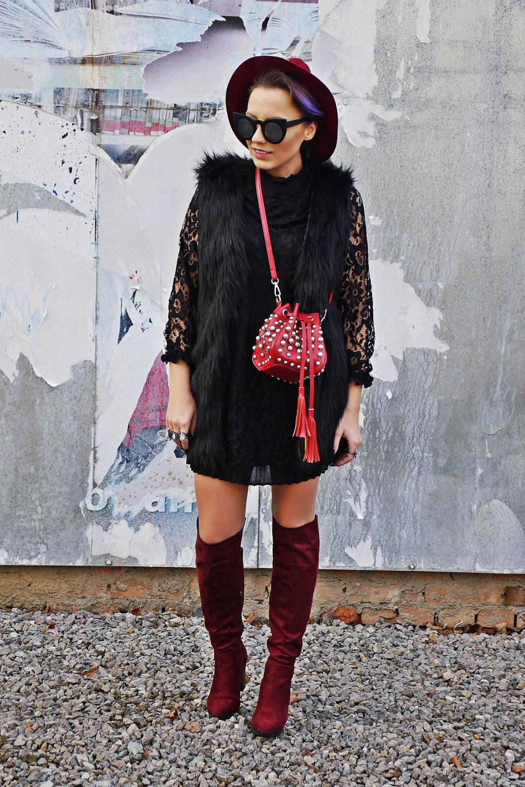 1_buty_renee_kozaki_bordowe_sukienka_koronkowa_czarna_karyn_blog_modowy_221117a