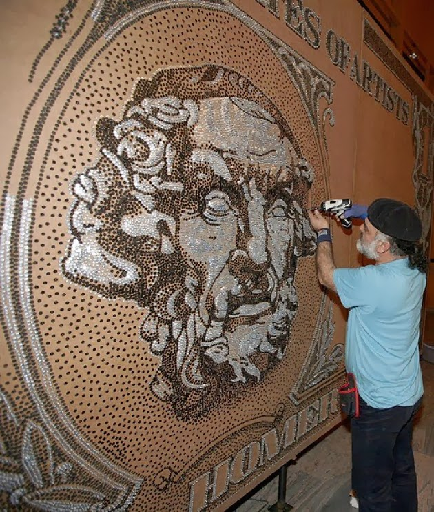 Saimir Strati, artista del mosaico, 7 récords mundiales guinness, banknote