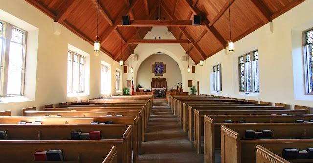 Juiz permite reabertura de igrejas na Carolina do Norte