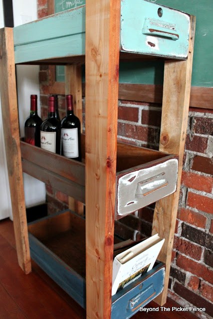 pallets, old drawers, upcycled, shelf, storage idea, DIY, Minwax, http://goo.gl/MQJhPe
