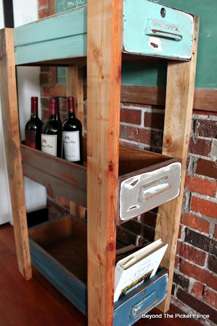 pallets, old drawers, upcycled, shelf, storage idea, DIY, Minwax, http://goo.gl/MQJhPe