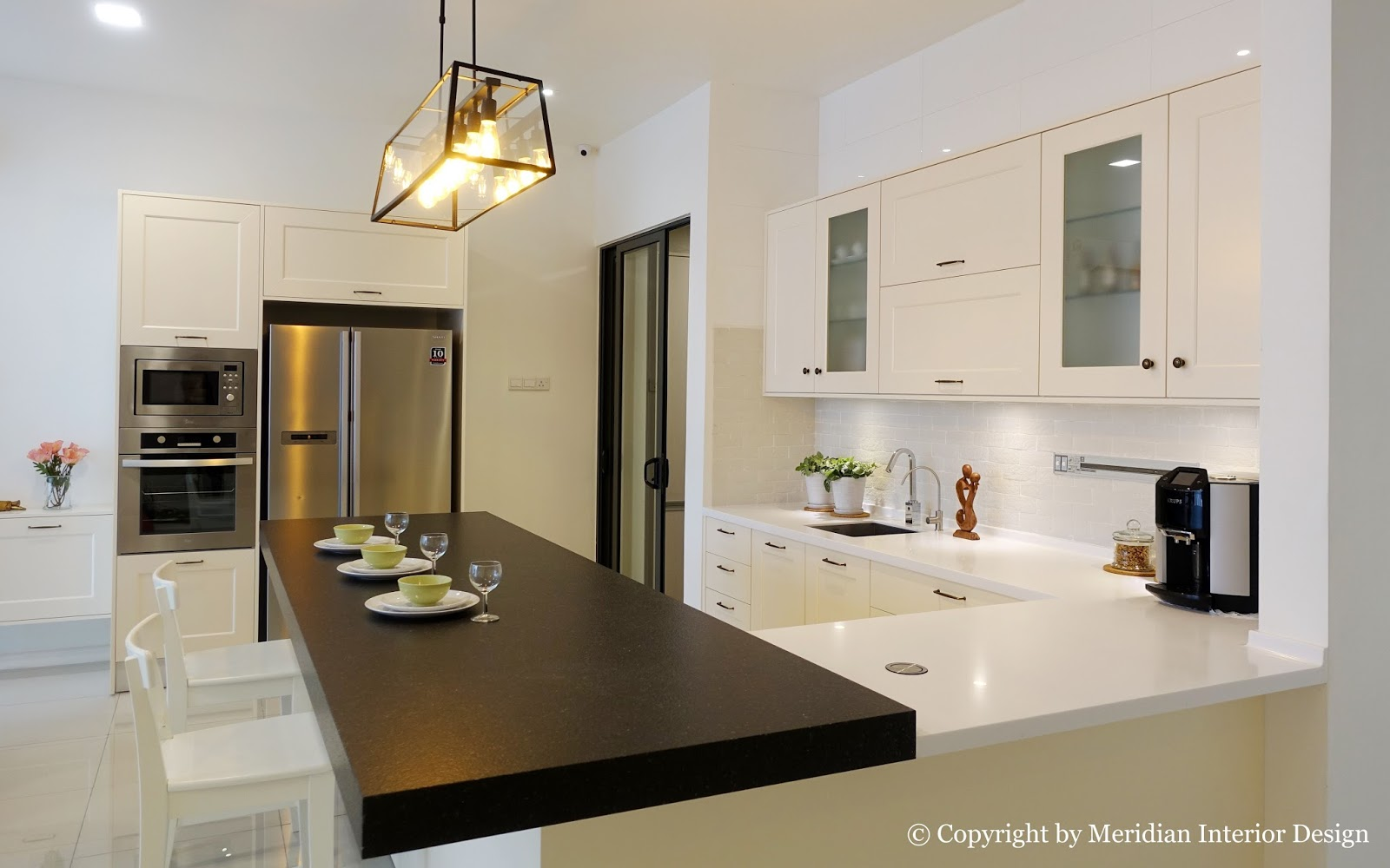 Kitchen Side View : Meridian interior design and kitchen in kuala