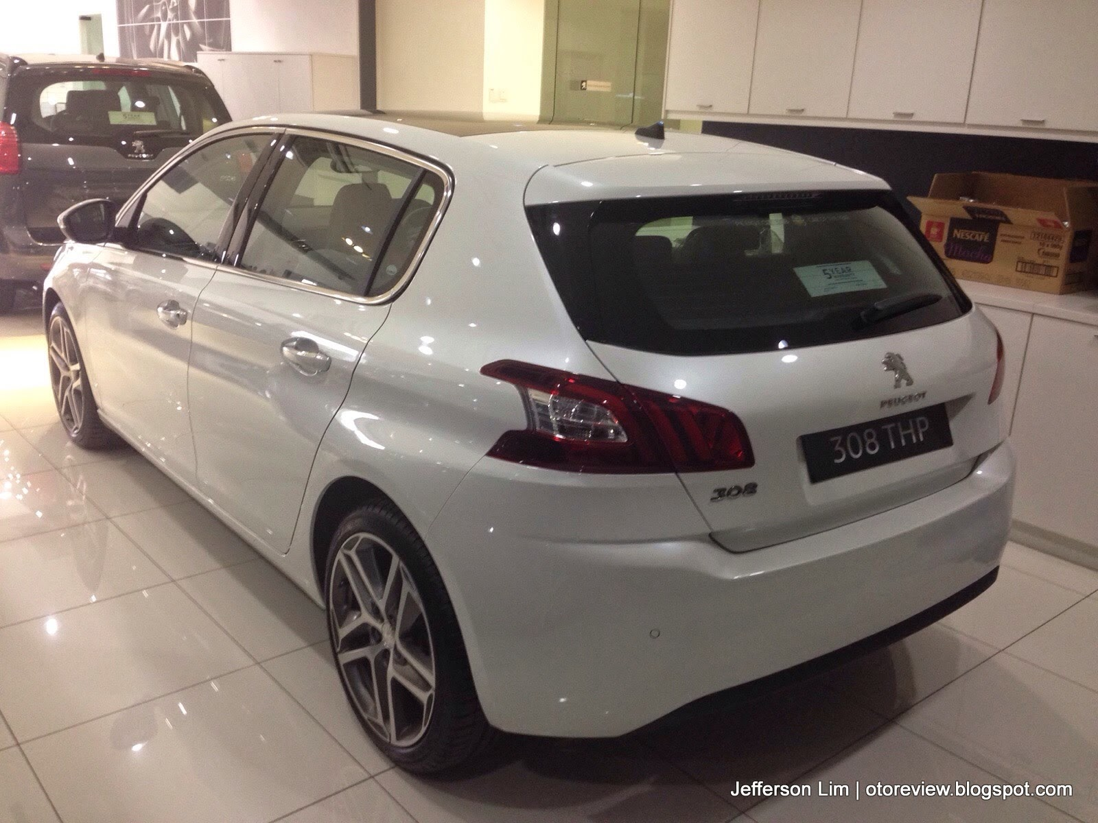 "otoreview.my - ""otomobil"" review: close up: new peugeot 308 thp"
