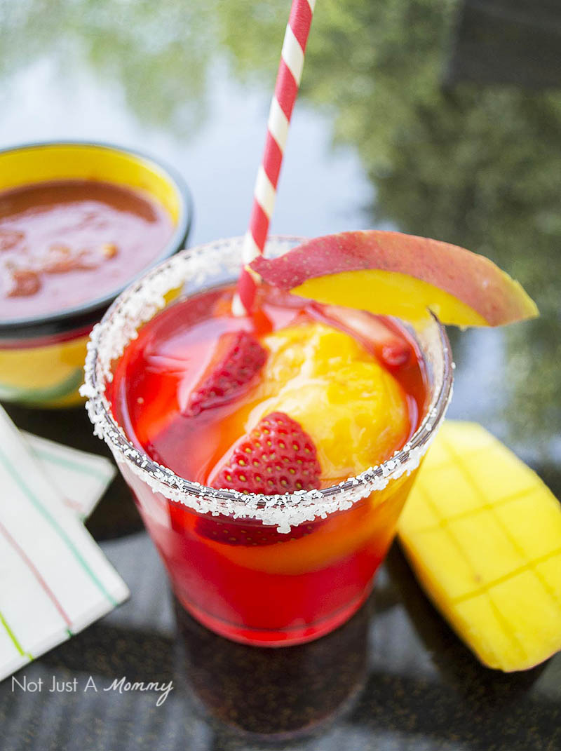 3 Boozy Floats Perfect For Summer; Mango Strawberry Margarita Float