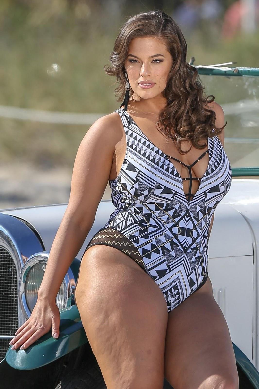 Эшли Грэм - фотосессия на пляже в Майами.