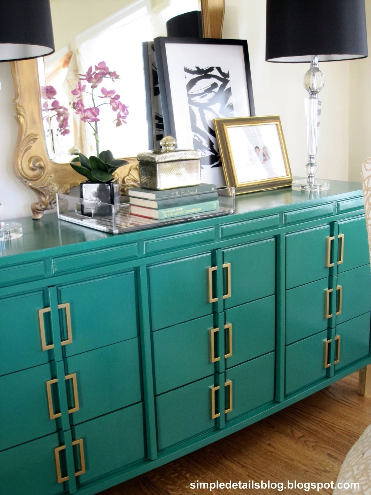 Decorating With Emerald Green Pantone S Color Of The Year