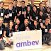 Inscrições abertas: programa de trainee da Ambev oferece salário de R$ 6,4 mil