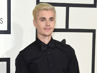 Justin Bieber accused of appropriating black culture over his new blond dreadlocks