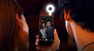 Tips Foto Selfie Agar Hasilnya Bagus dan Profesional