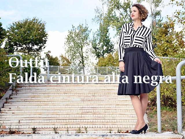 Outfit_falda_cintura_alta_negra_1
