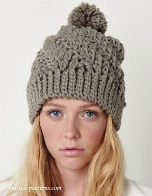 czapka ze wzorem