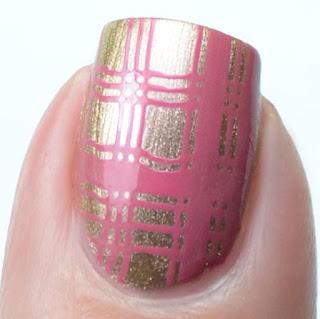 nail art stamping