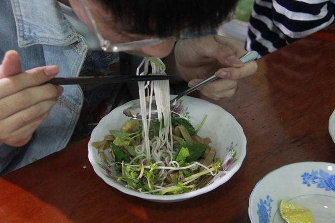 Bún cua thối Gia Lai - Ai lỡ ăn dễ ghiền