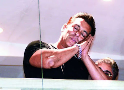 Salman Khan returned to Mumbai