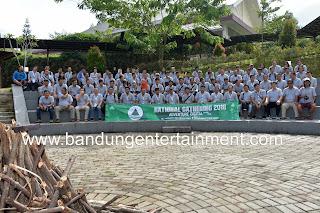 bandung entertainment, eo bandung, jasa event organizer bandung bogor, mice bandung bogor, launching sandal, outdoor pro, villa bukit pancawati