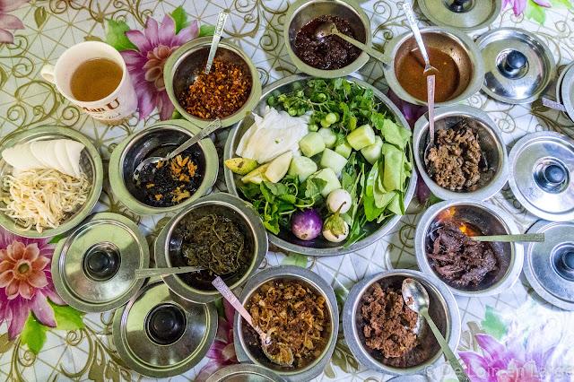 Restaurant San Ma Tau - Hpa An - Myanmar Birmanie
